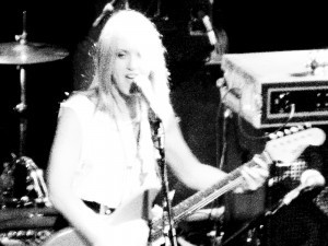 Banished Castle Magic: Liz Phair performing Exile In Guyville. (photo by the author)