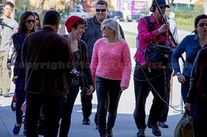 Ellie-Goulding---LACMA---bodyguards
